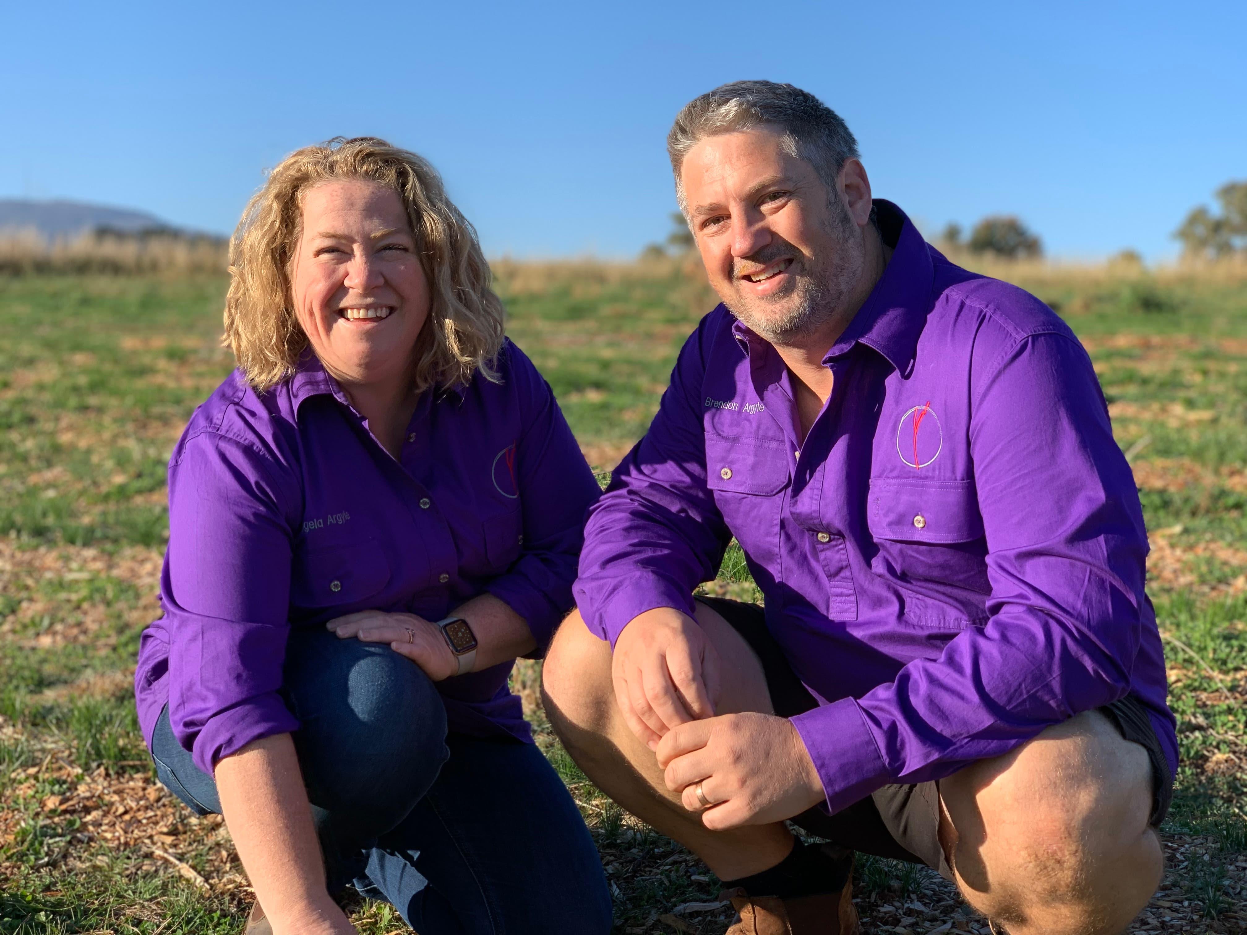 2 saffron farmers in paddock